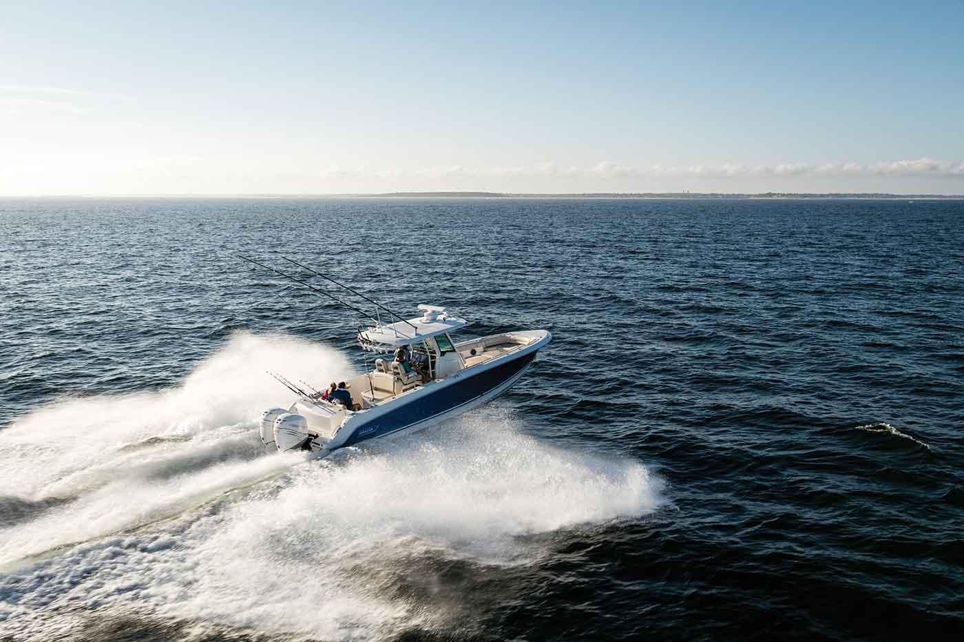 330 Outrage Boat Model | Boston Whaler