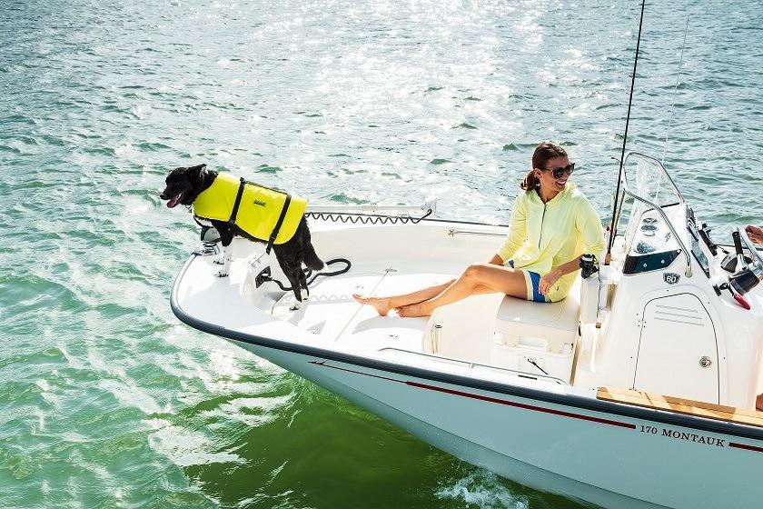 170 Montauk | Boston Whaler | Inshore and Offshore Fishing Machine