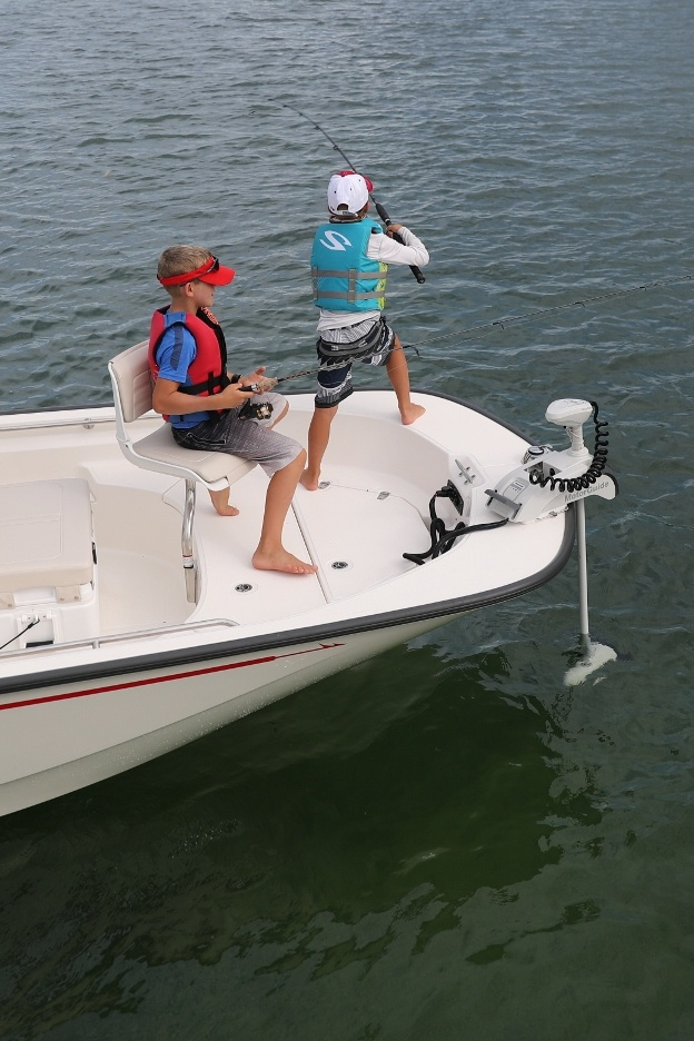 170 Montauk | Boston Whaler | Inshore and Offshore Fishing