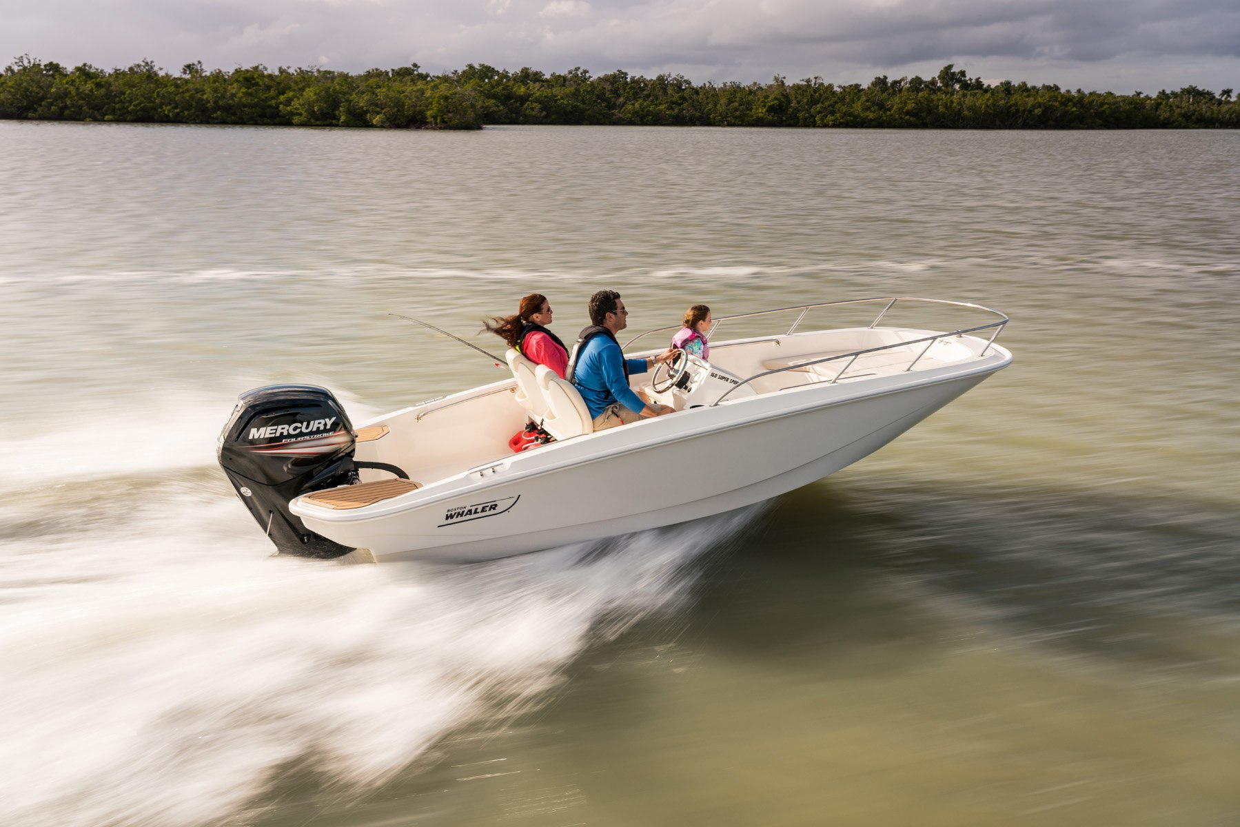 Boat Models Overview | Boston Whaler